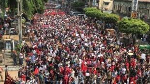2021-02-07T133636Z_1014014879_RC2PNL9MX48P_RTRMADP_3_MYANMAR-POLITICS-PAST