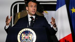 Le président français, Emmanuel macron, lors de sa conférence de presse au Kenya, le 13 mars 2019.