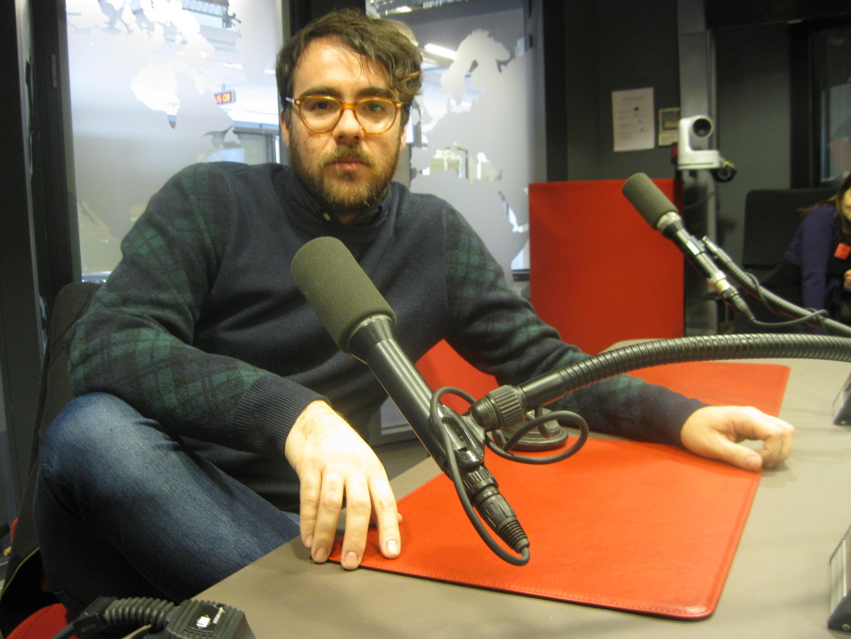 Marcos Morau en los estudios de RFI