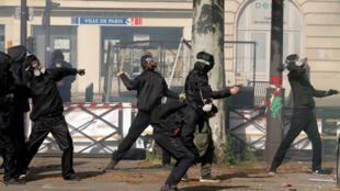 Des affrontements entre forces de l'ordre et manifestants lors du défilé du 1er-Mai à Paris, le 1er mai 2018 (Photo d'illustration)..