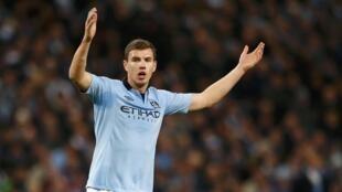 L'attaquant de Manchester City, Edin Dzeko.