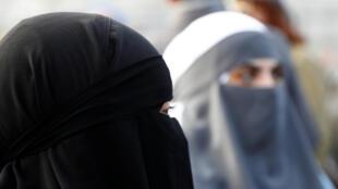 O uso da burca e do niqab já foi proibido em oito países europeus.