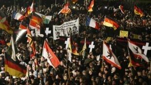La dernière manifestation hebdomadaire du mouvement allemand anti-islam Pegida à Dresde, le 12 janvier dernier.