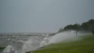 O litoral do Texas fustigado pela tempestade Harvey, a 25 de agosto de 2017.