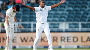 Vernon Philander took three wickets to reduce Australia to 110 for 6 on the second day of the fourth Test in Johannesburg.