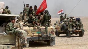 ارتش عراق و شبه نظامیان شیعه، حد اقل دو ناحیه در جنوب شهر رمادی را از کنترل جهادگرایان خارج کردند.