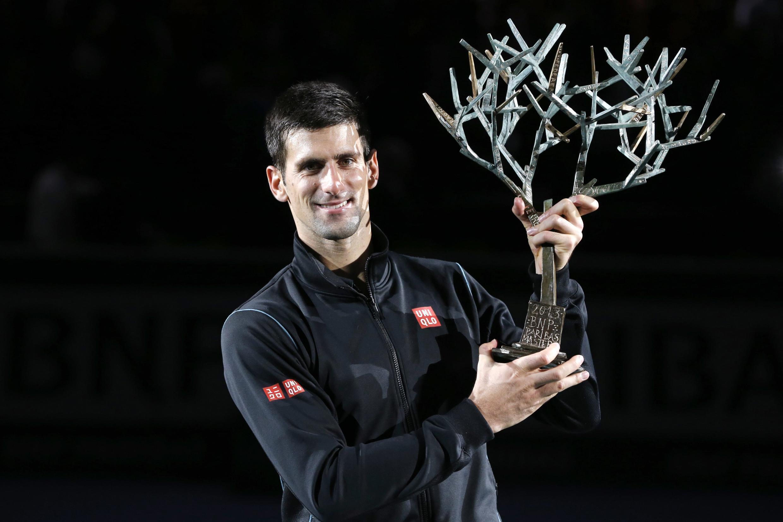 O tenista sérvio Novak Djokovic venceu hoje, 3 de novembro de 2013, o Masters 1000 Paris Bercy.