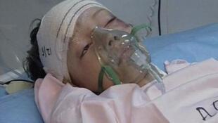 Em bé Hà Lan 8 tuổi, người duy nhất sống sót sau tai nạn.