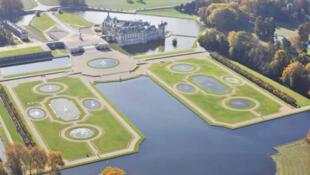 Vista aérea de los jardines de Chantilly.