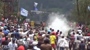 Des heurts ont éclaté lors de manifestations au Cameroun anglophone, ici à Bamenda, le 1er octobre 2017.