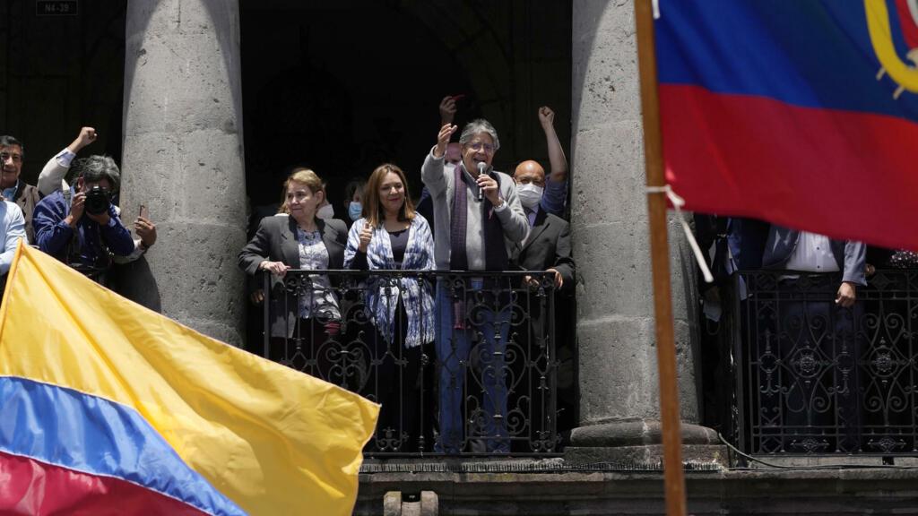 Équateur: le président Lasso appelle à défendre la capitale contre toute tentative de coup d'État