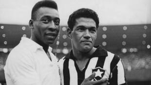 Football - Pelé - Garrincha - footballeurs brésiliens - Radio foot internationale - GettyImages-497275283