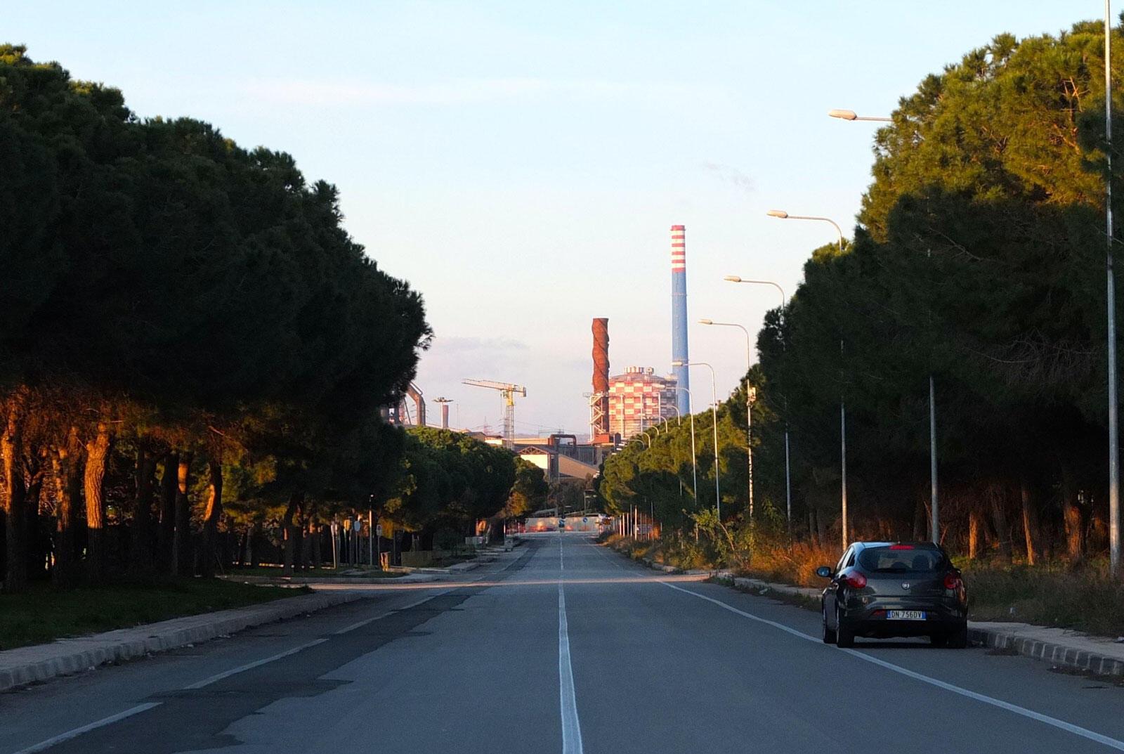L'aciérie Ilva, la plus grande d'Europe, emploie plus de 10 000 personnes à Tarente. C'est aussi la plus polluante, notamment à la dioxine.
