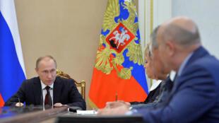 O presidente russo, Vladimir Putin em reunião do Conselho de Segurança do Kremlin no dia 5.
