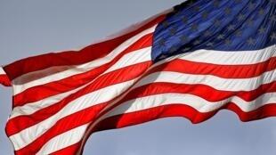 美国驻土耳其使领馆因恐袭威胁暂停签证 2020年10月23日 周五 Les autorités américaines ont annoncé vendredi (23 octobre 2020)la suspension des services de visa dans toutes leurs missions diplomatiques en Turquie, invoquant un risque d'attentats contre leurs ressortissants dans le pays.