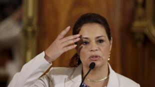 La vice-présidente du Guatemala, Roxana Baldetti, a été poussée vers la sortie, éclaboussée par un scandale de corruption.