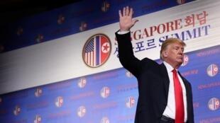 特朗普12日在美朝峰会后记者会上宣布将停止美韩联合军演