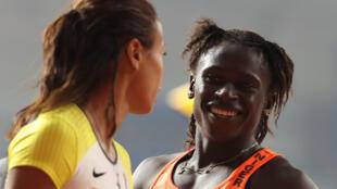 La Nigérienne Aminatou Seyni sourit, lors de ses premiers Championnats du monde d'athlétisme.