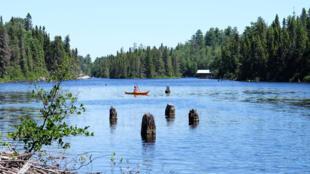 La baie d'Orval est le point de départ des excursions en canoë du parc Opémican sur le lac Kipawa.