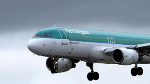 John Kennedy faleceu a bordo de um avião da empresa Air Ligus que fazia a rota Lisboa  - Dublin.
