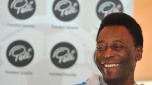 Desde segunda-feira (1), Pelé não precisa mais fazer hemodiálise.