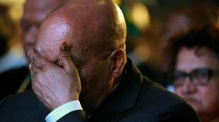 Tuhuma za rushwa zamkabili rais wa Afrika Kusini Jacob Zuma.