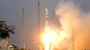 Soyuz VS01 takes off