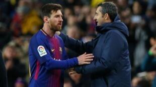 Lionel Messi (Barcelone) et son coach Ernesto Valverde.