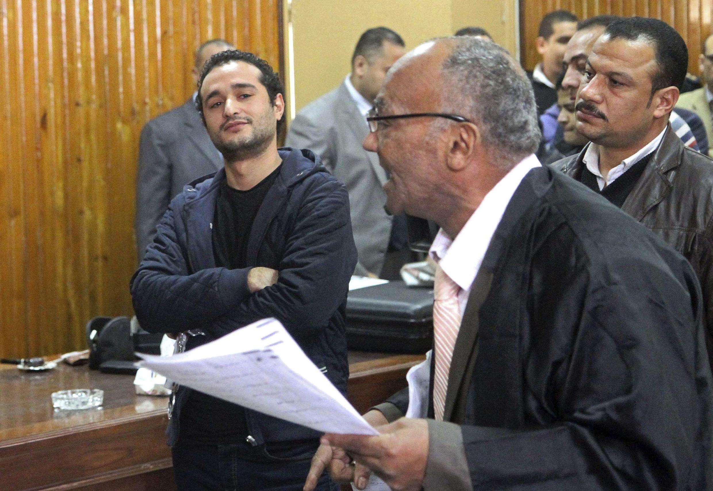 Nhà hoạt động dân chủ  Ahmed Douma  bị kết án tù chung thân ngày 04/02/2015.