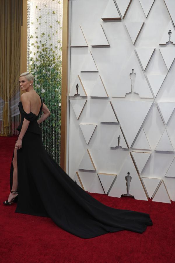Шарлиз Терон, оспаривающая Оскар лучшей актрисе за роль в фильме «Скандал»