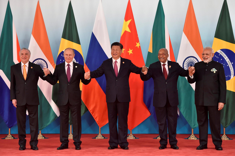 Os líderes do Brics na abertura oficial da reunião de cúpula do bloco, em Xiamen, na China. 04/09/2017