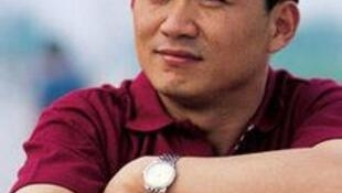 Nhà báo Liu Hu.