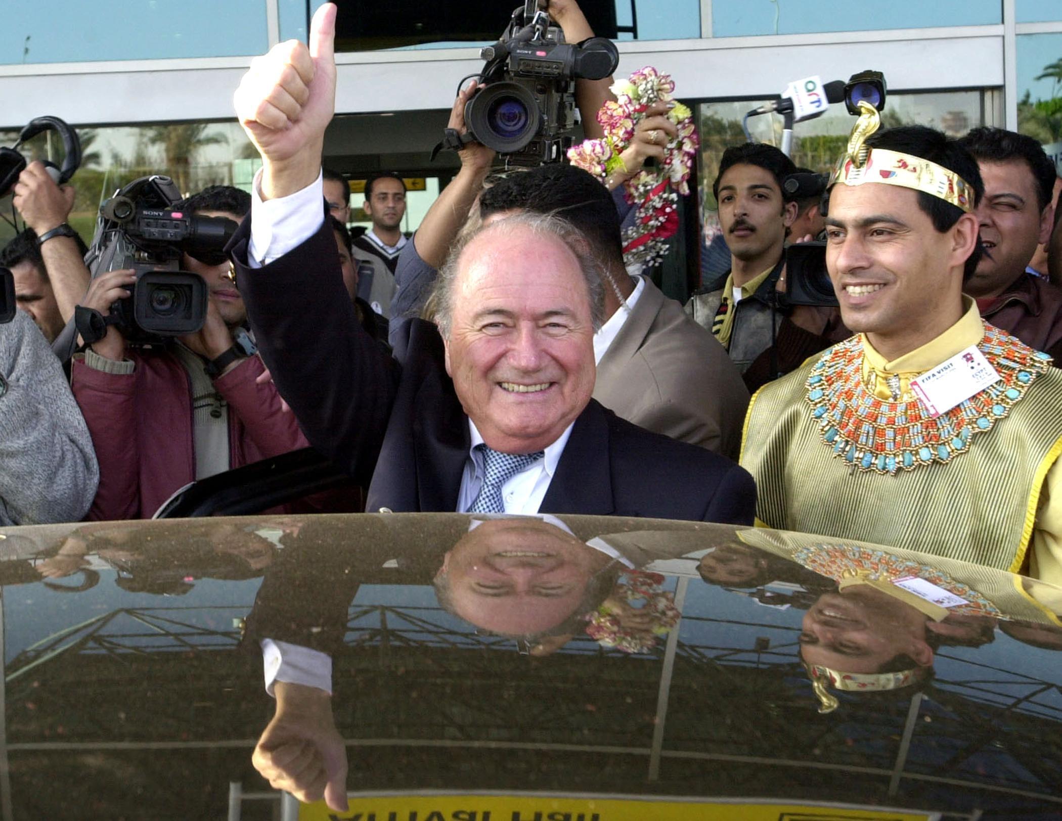 Le président de la Fifa, Joseph Blatter, en mars 2004 au Caire.