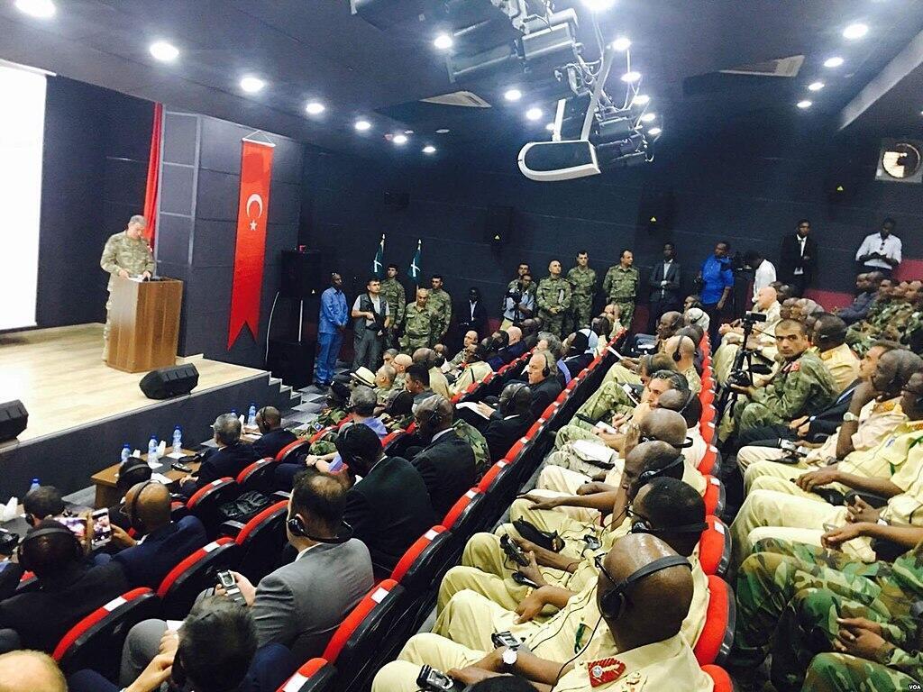 Le général turc Hulusi Akar lors de l'inauguration du centre d'entraînement militaire TurkSom en 2017.