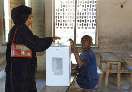 Opération de vote à Anjuan, Comores.