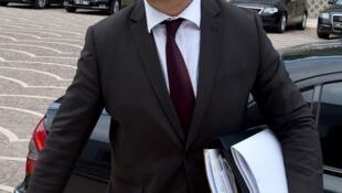 Zied Ladhari, qui a démissionné de son poste de secrétaire général d'Ennahdha, avait occupé plusieurs postes ministériels depuis 2011.