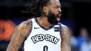 DeAndre Jordan lors d'un match de saison régulière NBA entre les Brooklyn Nets et les Indiana Pacers le 10 février 2020 à Indianapolis.