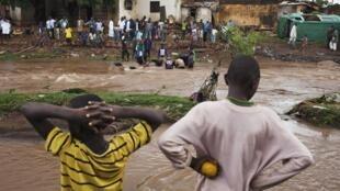 Inondations à Bamako, en août 2013.