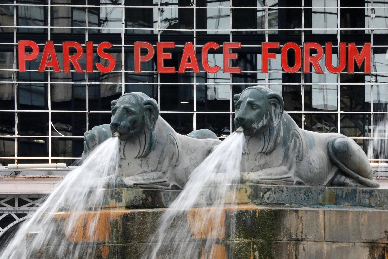 Le Forum sur la paix organisé à l'occasion du centenaire de la fin de la Première Guerre mondiale se déroule à la grande halle de la Villette.