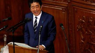 資料圖片:日本首相安倍晉三。2017年1月20日攝於日本國會。