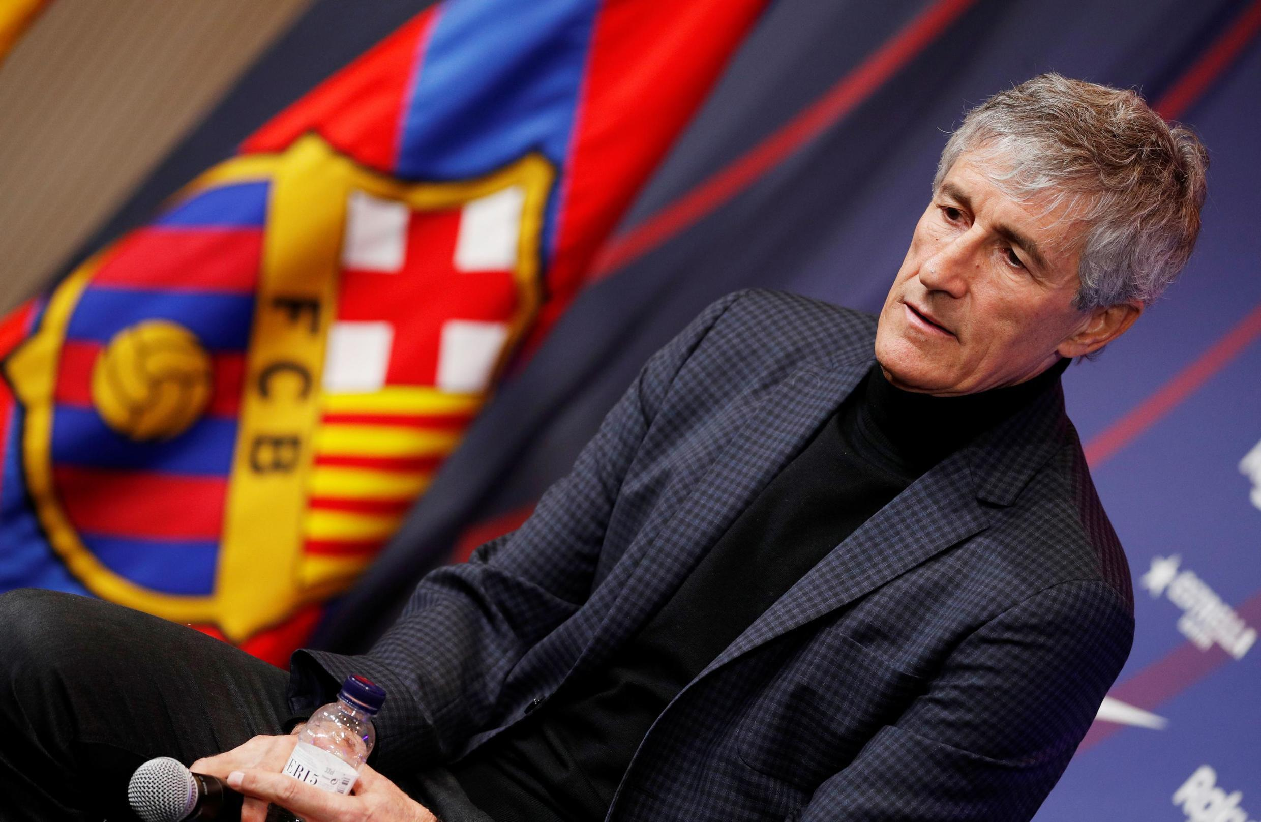 Quique Setien will take over a Barcelona team at the top of La Liga on goal difference.