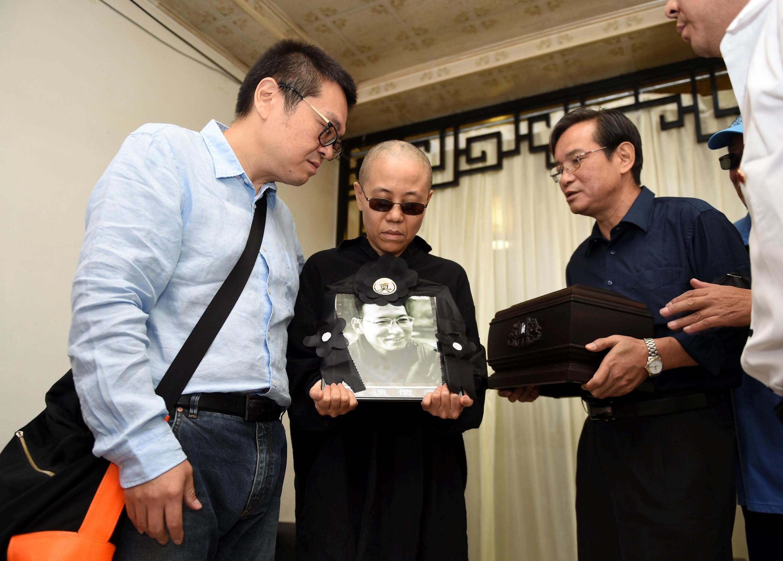 刘晓波先生遗孀刘霞女士与家人资料图片