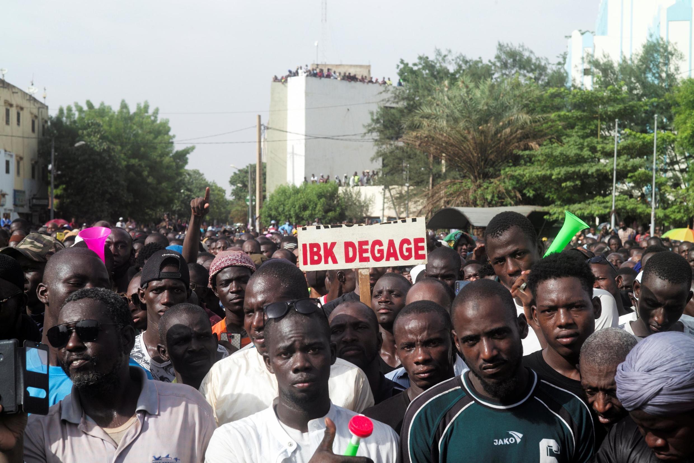 L'opposition au président IBK dans le rues de Bamako pour demander sa démission, le 5 juin 2020.