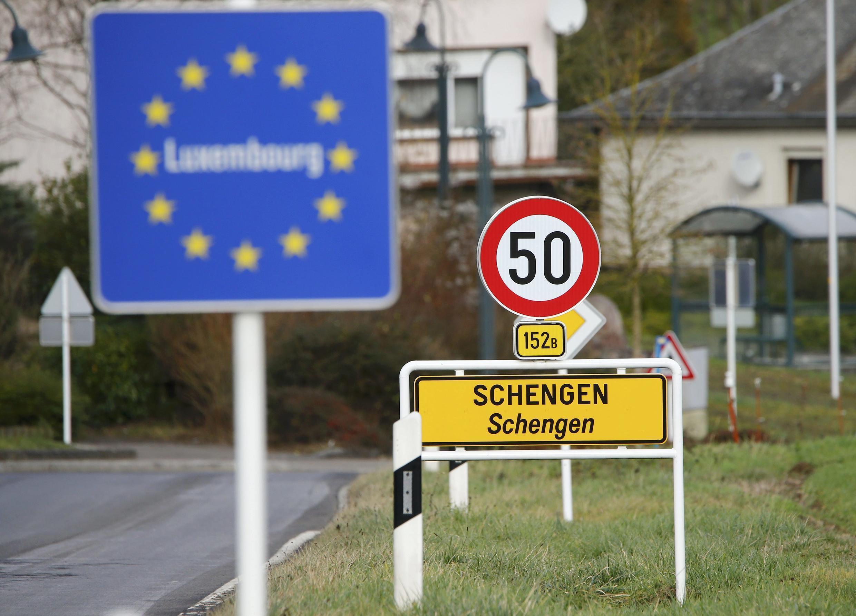 В Евросоюзе и странах Шенгенской зоны с 1 июля начала действовать система ковид-сертификатов, которые выдаются привитым или переболевшим гражданам, а также сдавшим отрицательный ПЦР-тест.