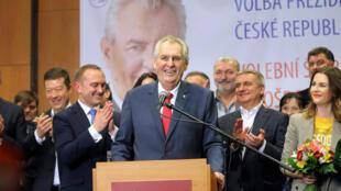 Ông Milos Zeman tái đắc cử tổng thống Cộng hòa Séc ngày 27/01/2018.