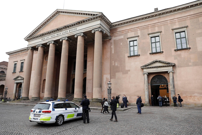 哥本哈根法院判處 Peter Madsen終身監禁,  2018年4月25日。