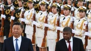 Xi Jinping recebe João Lourenço em Pequim.