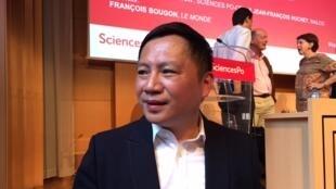 前八九六四學生領袖王丹2017年6月27日在巴黎政治學院參加亞洲民主進程主題演講及討論活動。