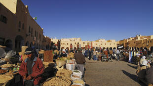 La place du marché de Ghardaïa, en Algérie.