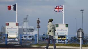 Le port de Ouistreham, près de Caen, dans le nord-ouest de la France.